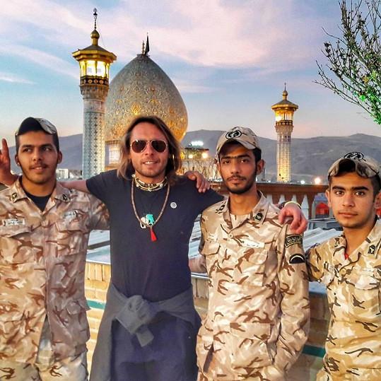 Tuna při cestách po Íránu