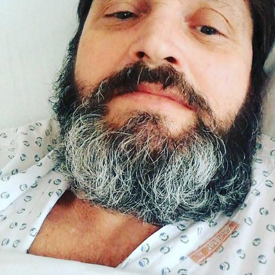 Josef Kokta leží v nemocnici.
