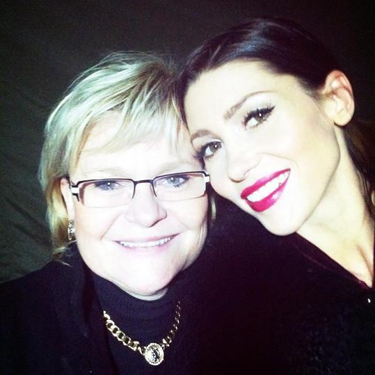 Tereza Kerndlová s maminkou.