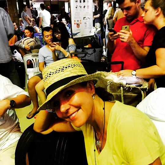 Martina Jandová na letišti na Koh Samui čekala devět hodin, pak se musela vrátit na hotel.