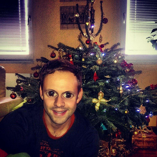 Michal Foret si umí s fotkami od stromku pohrát.