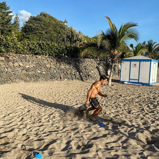 Momentálně sportují na Tenerife.