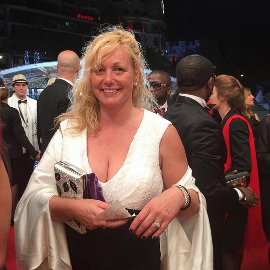 Martina Adamcová alias četařka Babinčáková na filmovém festivalu v Cannes