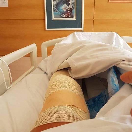 Laffita šel na operaci kolene.