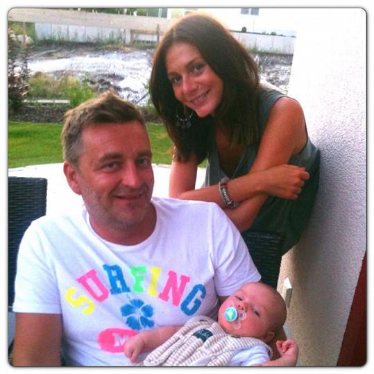 Tereza Zimová s přítelem Jardou a miminkem přátel. Že by se připravovali na vlastní?