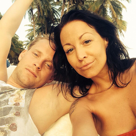 Agáta s manželem Jakubem si užívají karibského slunce.