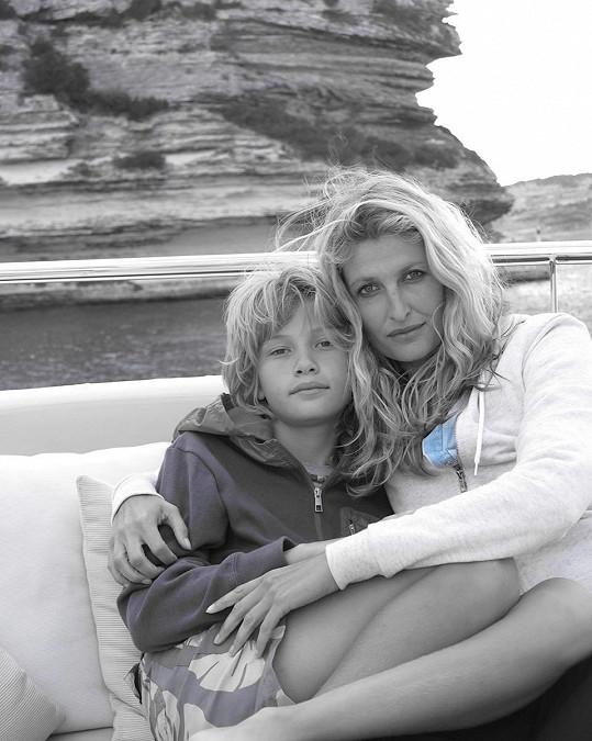 Syna Tobiase Joshuu Maxe Fetterleina má z prvního a zatím jediného manželství s dánským tenistou Frederikem Fetterleinem.