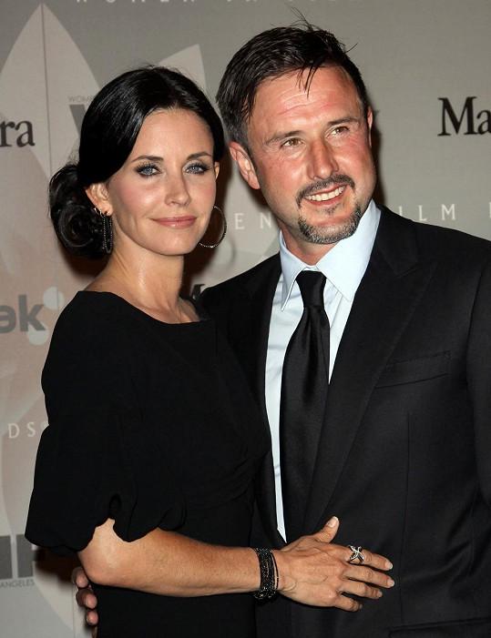 Cox má dceru s exmanželem Davidem Arquettem.