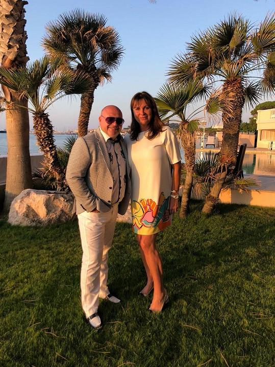 Michal David slavil narozeniny s manželkou v Saint Tropez.