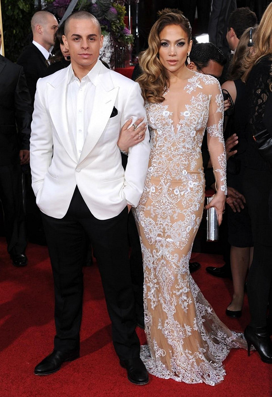 Jennifer Lopez a Casper Smart. Rozdíl 18 let.