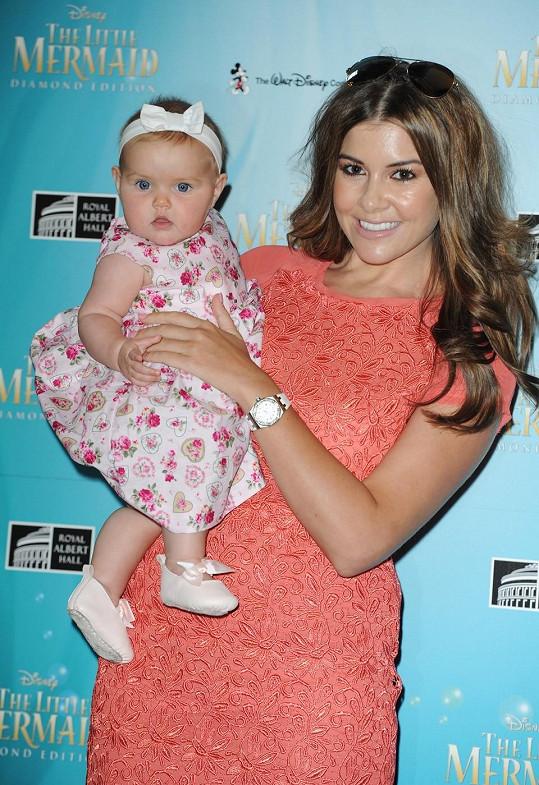 Imogen Thomas s dcerou Arianou