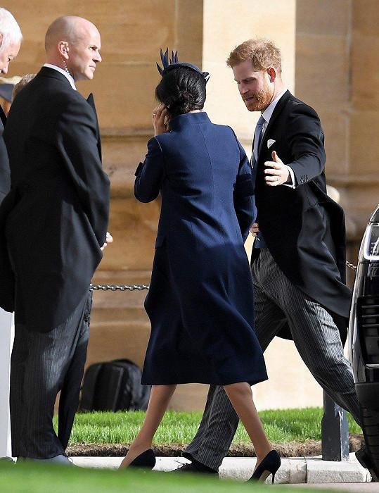 """Harry se zde ženil v květnu, tentokrát dorazil """"ve vedlejší roli""""."""