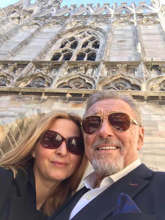 Karel Gott s manželkou Ivanou v Itálii