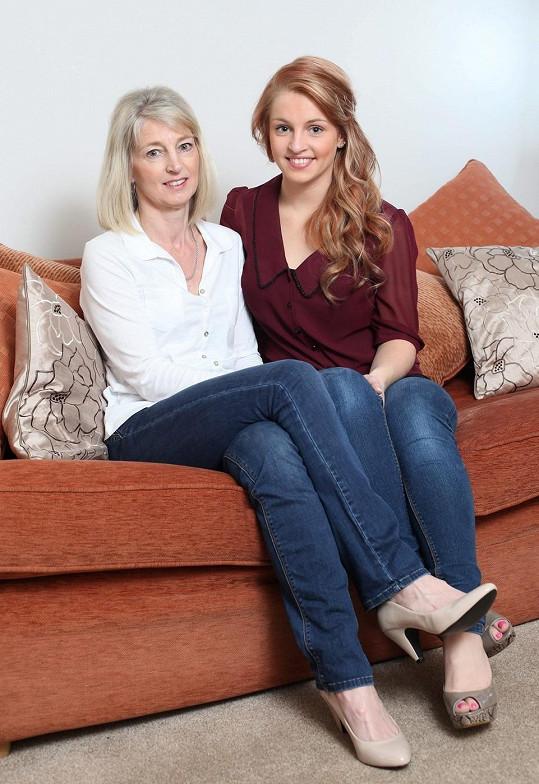Charlotte a její matka Linda.