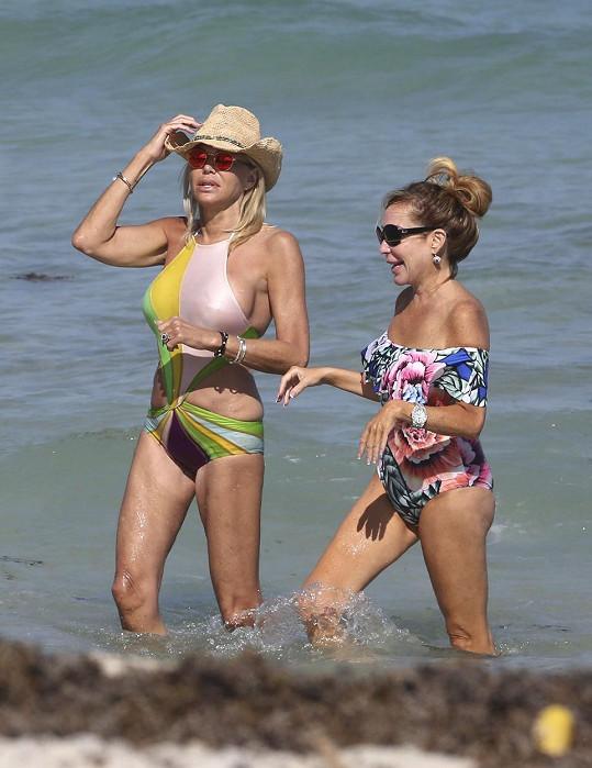 Lauren s kamarádkou Marysol Patton