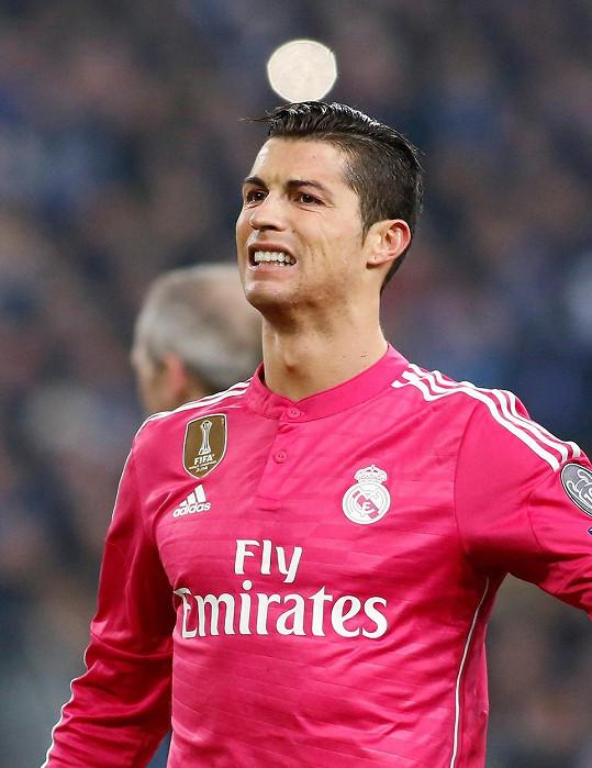 Cristiano Ronaldo jí ale pravidelně zahýbal.