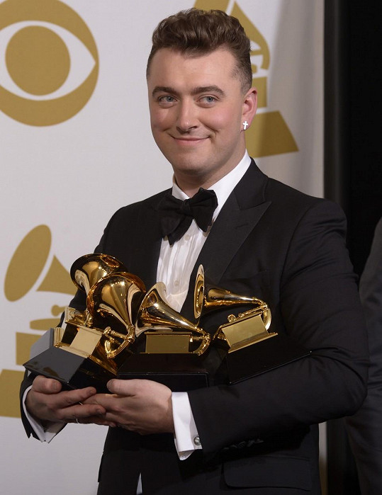 Takhle vypadal v únoru na udílení cen Grammy
