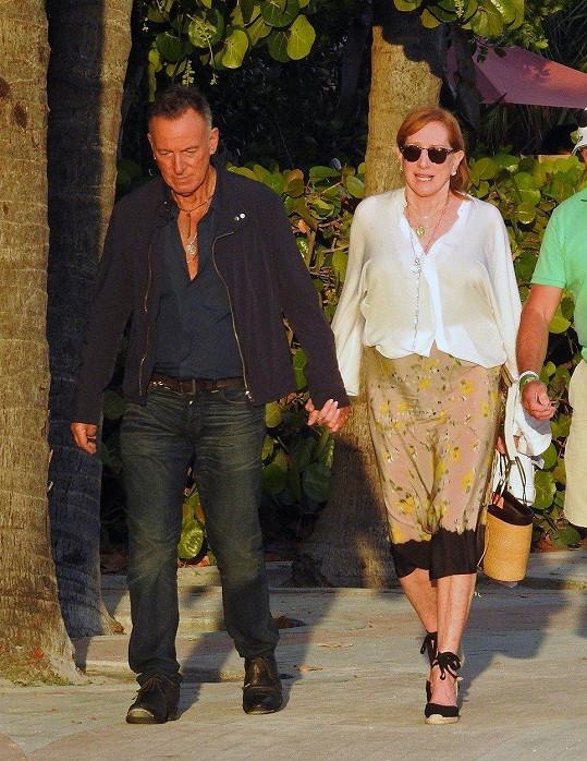 Rodiče Bruce Springsteen a Patti Scialfa jsou na dceru právem pyšní.