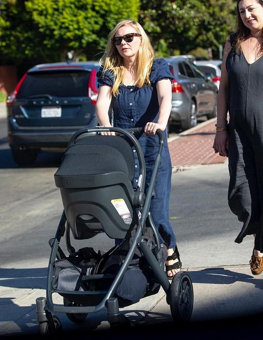 Kirsten Dunst je dvojnásobnou maminkou.