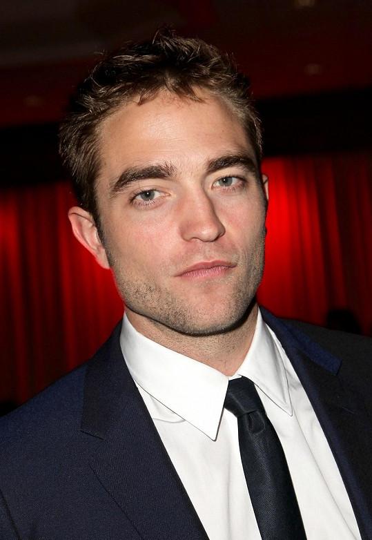 Robert Pattinson se chce vypořádat s minulostí.