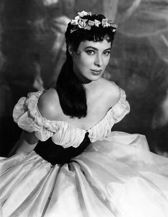 V roce 1956 si Rita zahrála ve filmu Magic Fire.