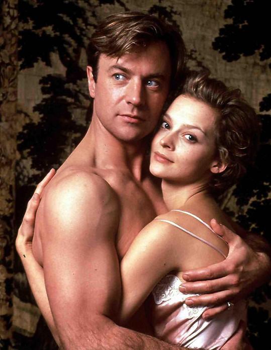 V televizním snímku Tajná láska (1996) na motivy biografie Anny Pasternak ji ztvárnila Julie Cox.