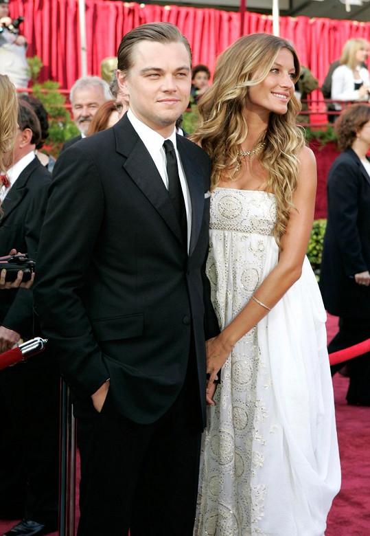 Rok 2005 a DiCaprio nominovaný za Letce se svou tehdejší partnerkou Gisele Bündchen