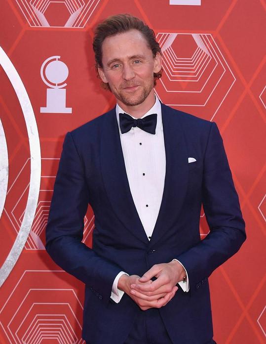 Tom byl nominován za hlavní roli ve hře Betrayal.