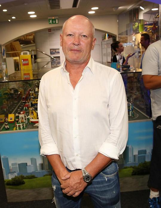 Ivan Hašek byl na pražské Spartě od svých 14 let. Po ukončení aktivní kariéry začal fotbalisty trénovat. Několik let působil i ve Spojených arabských emirátech.