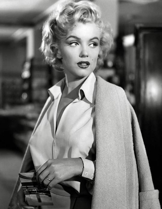 Ducha Marilyn Monroe nahánějí lovci duchů snad po celých Spojených státech.
