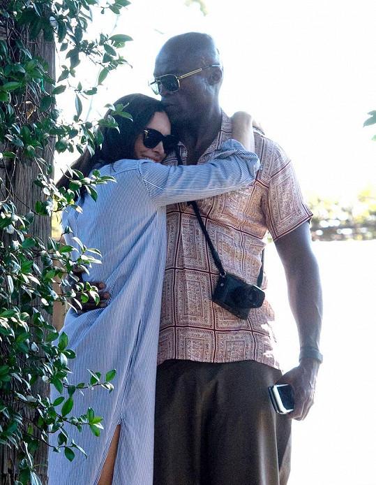 Pár byl viděn v Beverly Hills.