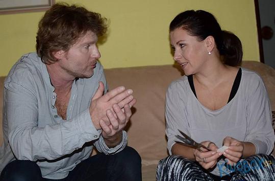 Petr Batěk a Dana Morávková ve filmu prožívají manželskou krizi.