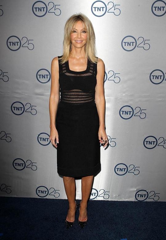 Heather Locklear vypadá úžasně.