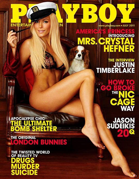 Na titulce Playboye pózovala jako paní Heffnerová, i když první pokus o svatbu skončil fiaskem.