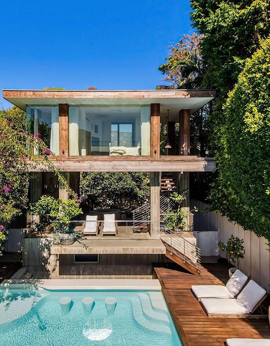 Pamela Anderson po 21 letech prodává dům v Malibu.