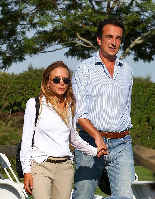 Její sestra Mary-Kate je už půl roku provdaná za Oliviera Sarkozyho.