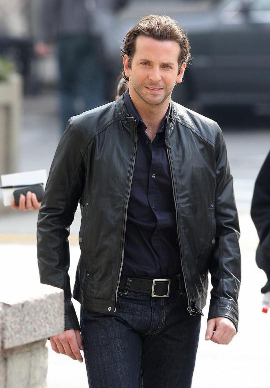 Bradley Cooper ve své civilní image.