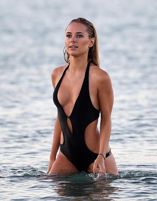Kimberley Garner si užívala v Saint Tropez.