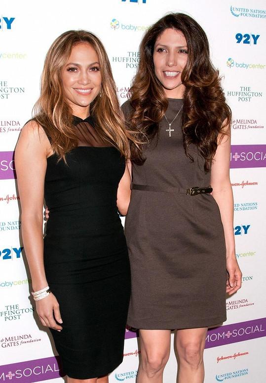 Jennifer Lopez s neméně půvabnou sestrou Lyndou.