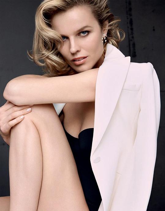 Eva Herzigová nedávno dokončila i novou reklamu na krém Dior.