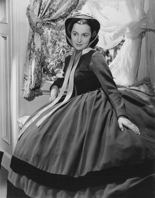 Olivia de Havilland jako Melanie Hamilton Wilkes ve slavném filmu Jih proti Severu