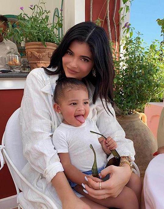 I Kylie si je s dvouletou Stormi velmi blízká.