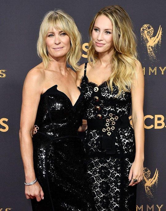 Robin Wright se pochlubila dcerou Dylan.