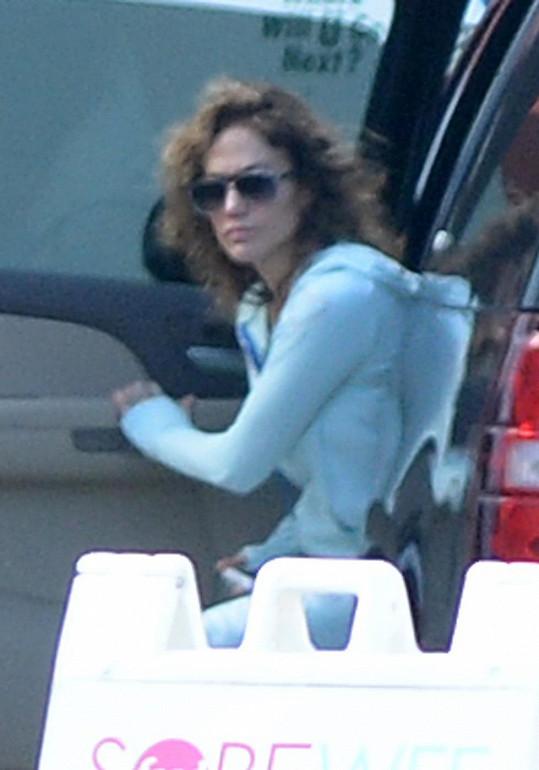 Jennifer Lopez byla k nepoznání.