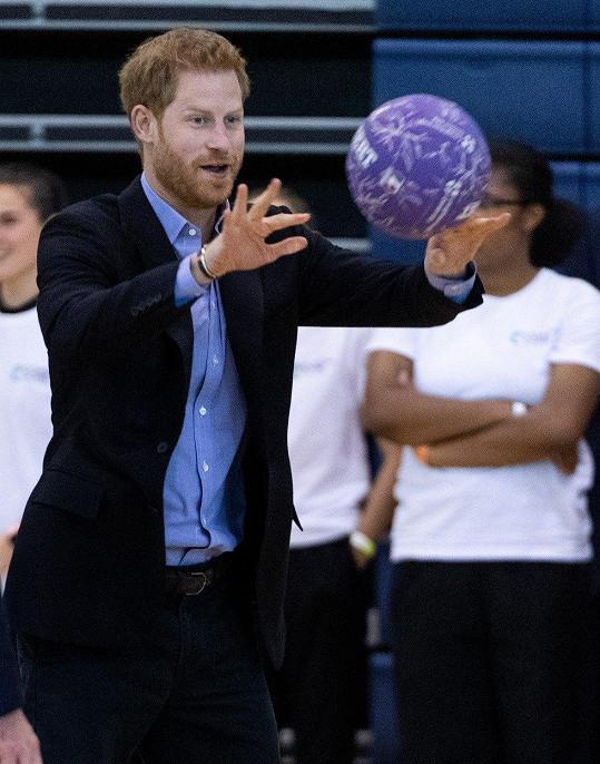 Harry je velký sportovec.