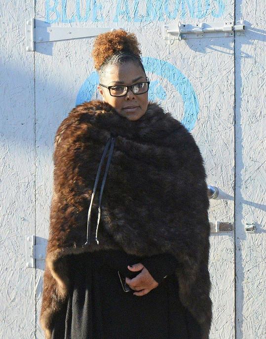 Janet Jackson bojovala s kily navíc po porodu syna.