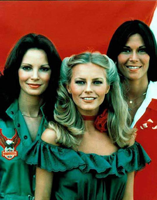 Jaclyn (vpravo) s kolegyněmi Cheryl Ladd a Kate Jackson v Charlieho andílcích