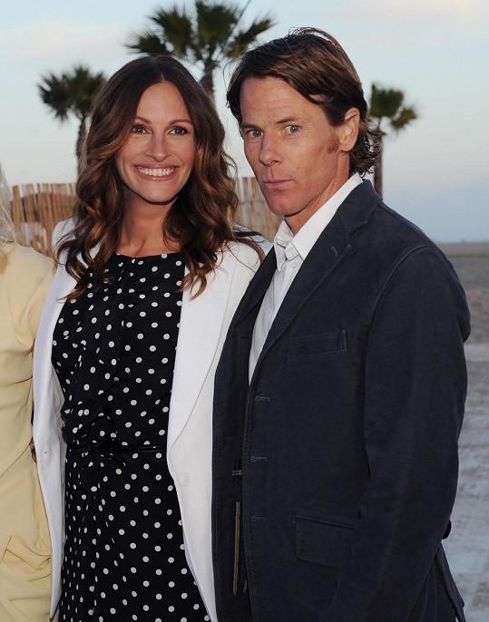 Manželé na snímku z roku 2012