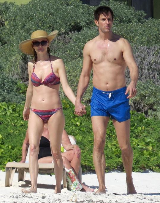 Herečka odjela do Mexika s novým přítelem.