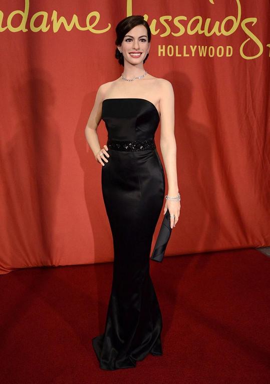 Vosková Anne Hathaway bude vystavena v hollywoodském muzeu Madame Tussauds.